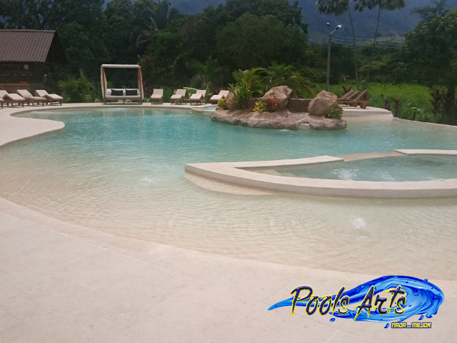 Galeria piscina arena pools arts 16 construcci n de for Construccion piscinas colombia